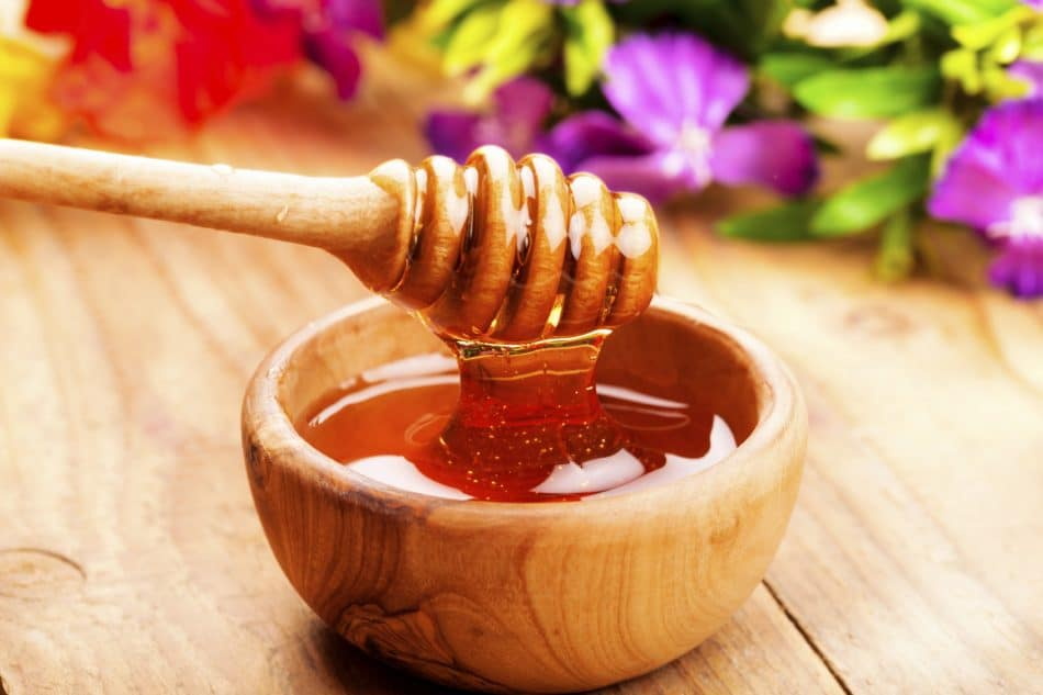 Gran parte del miele venduto nei supermercati è contraffatto e impuro