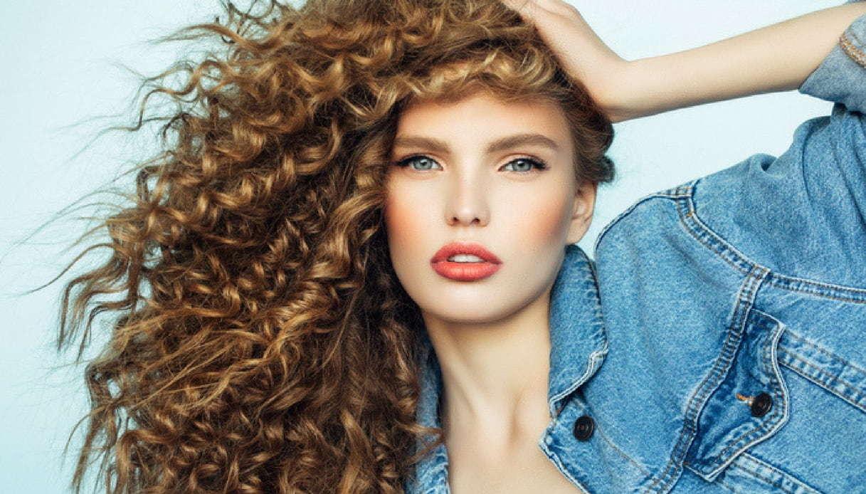 Come rinforzare i capelli con i nostri rimedi naturali 525779b9fca7